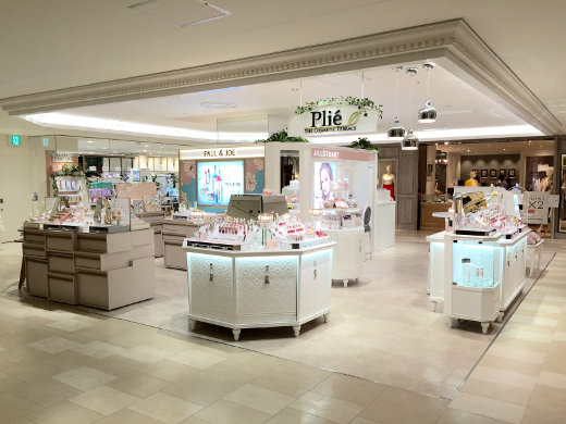 THE COSMETIC TERRACE Plie ルミネ横浜店